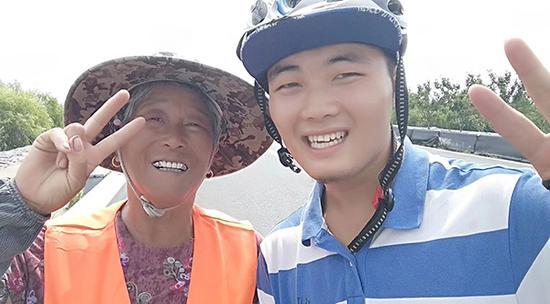 武汉大学生19天骑行1300公里:环保不只是说说而已