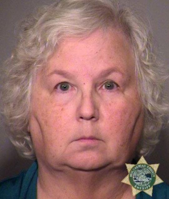《如何谋杀你的丈夫》作者被指控谋杀了自己的丈夫