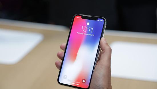 加州普通群众咋看iPhoneX:太贵,iPhone6已足够好