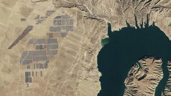 nasa-solar-farm-1.jpg