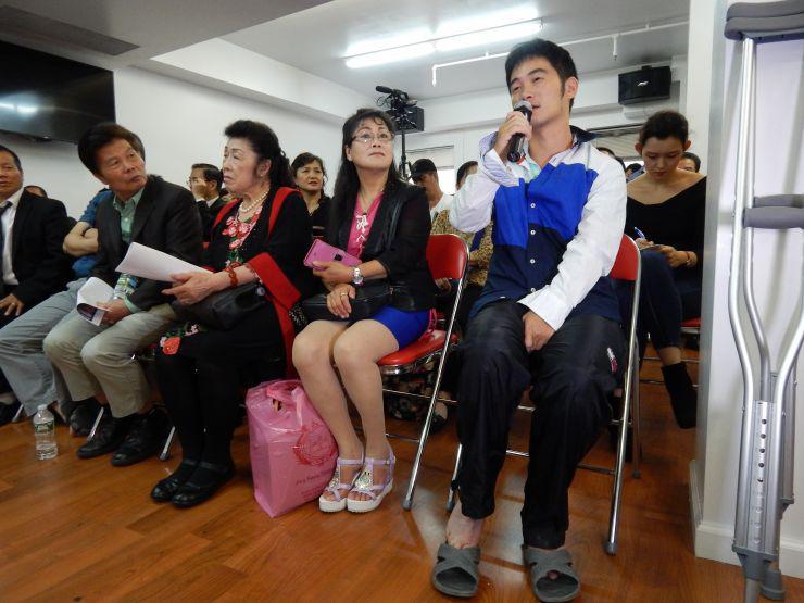 美国发生多次华裔外卖员遭劫事件 受害者讲述经历