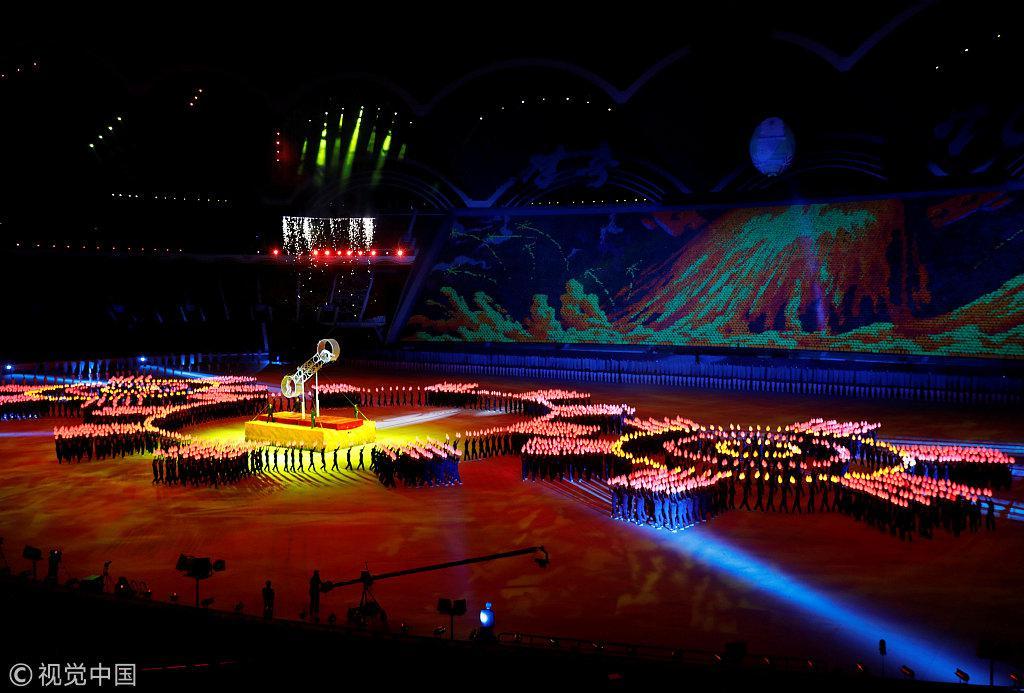 朝鲜70周年国庆文艺演出 现场高唱《爱我中华》