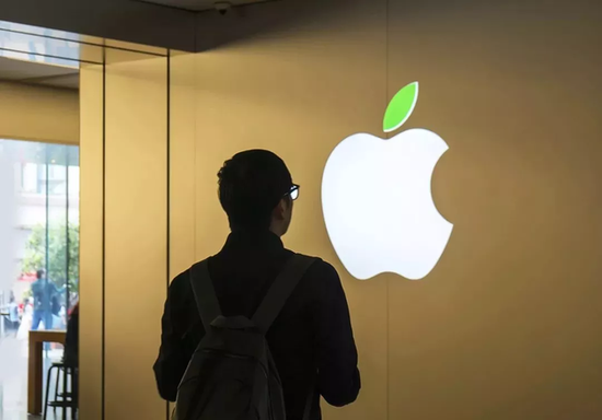 Phone用户集体被盗刷 苹果道歉诚恳赔偿难