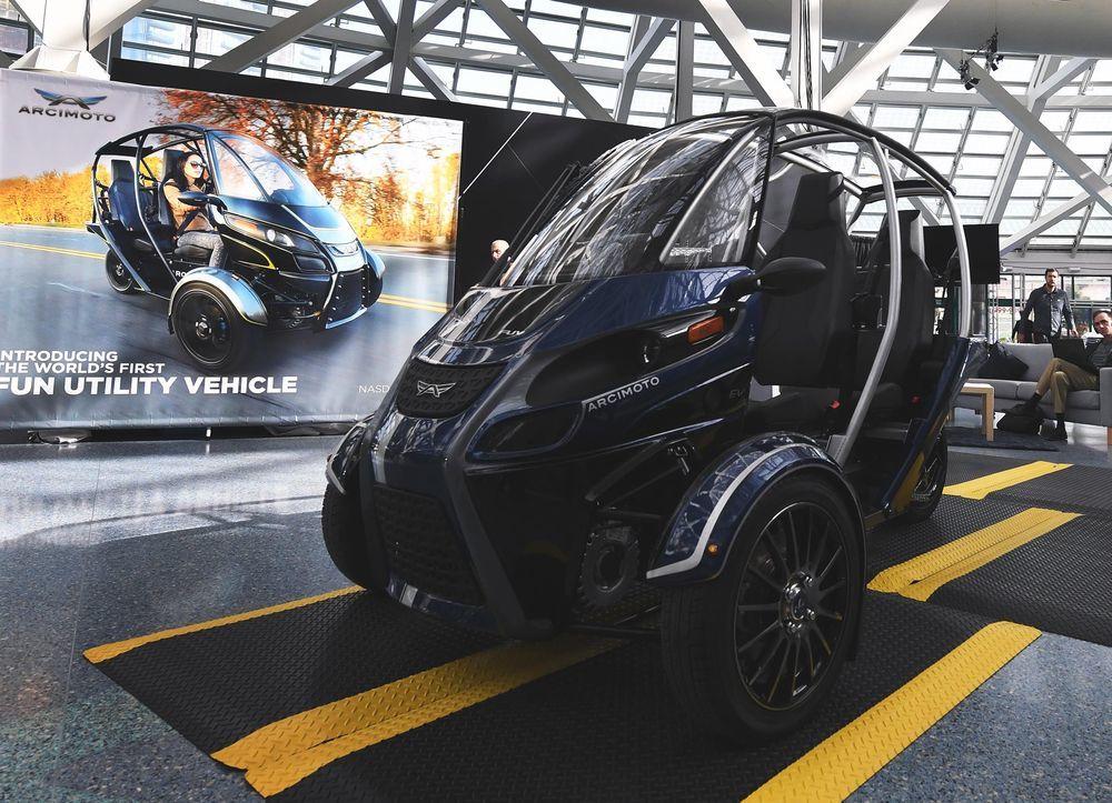 车企和创企都在涉足, 小型代步车会是未来大趋势?