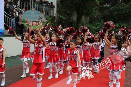 江北科技实验小学运动会开幕图片