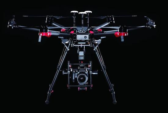 大疆与哈苏联合发布世界首款一亿像素无人机摄影平台