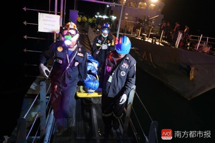 普吉翻船事故致42人死14人失踪 今日将打捞凤凰号