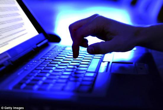 脸书新专利 或在研发自动探测用户收入水平的系统