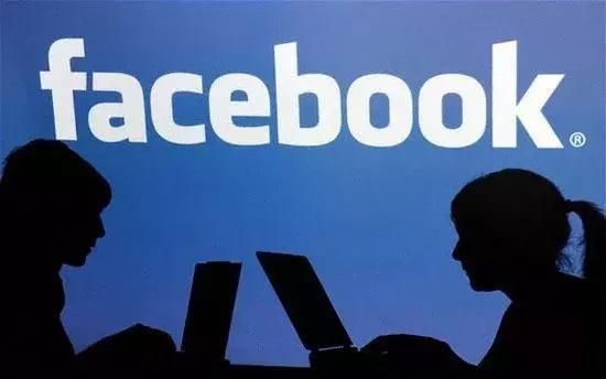 周鸿祎点评Facebook事件:不能让用户成为透明人