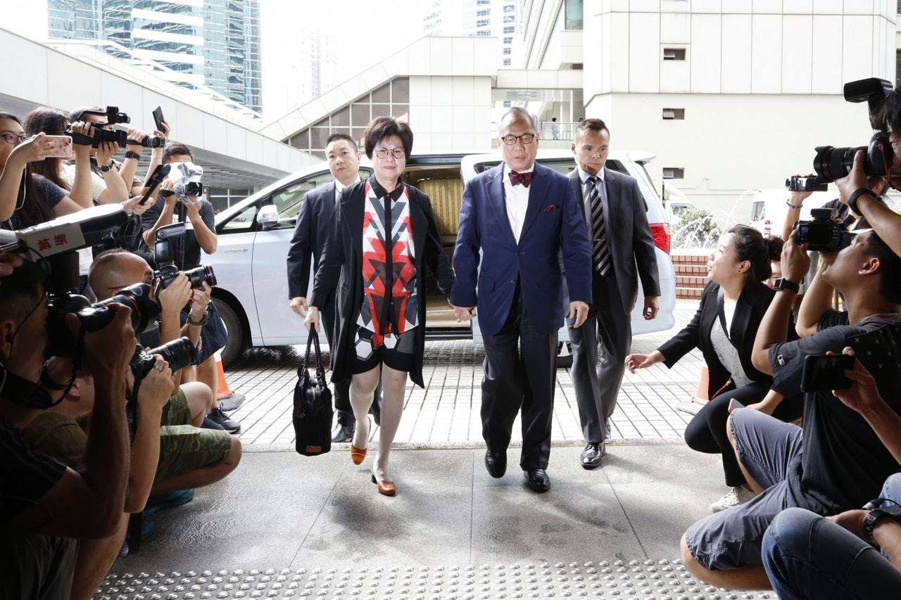 香港前特首曾荫权定罪上诉被驳回 获减刑至12个月