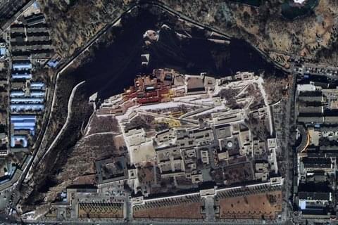 高景一号发布首批影像 布达拉宫广场游人清晰可见