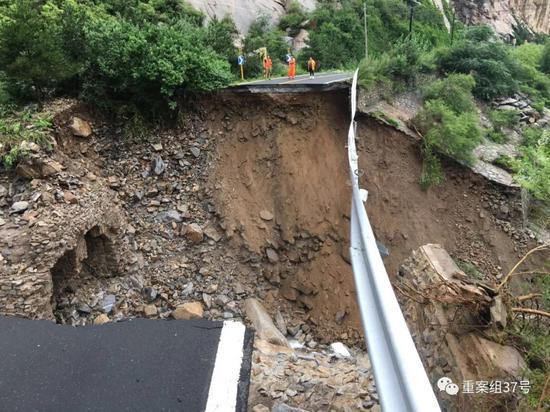 北京暴雨白河迎20年来最牛奶饮料代理加盟大洪水 19名被困游客获救