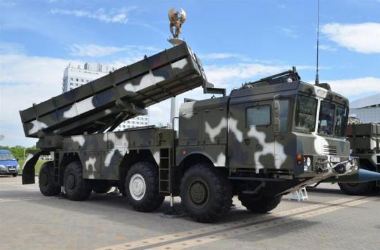 外媒:阿塞拜疆欲购中国火箭炮 对抗俄产导弹