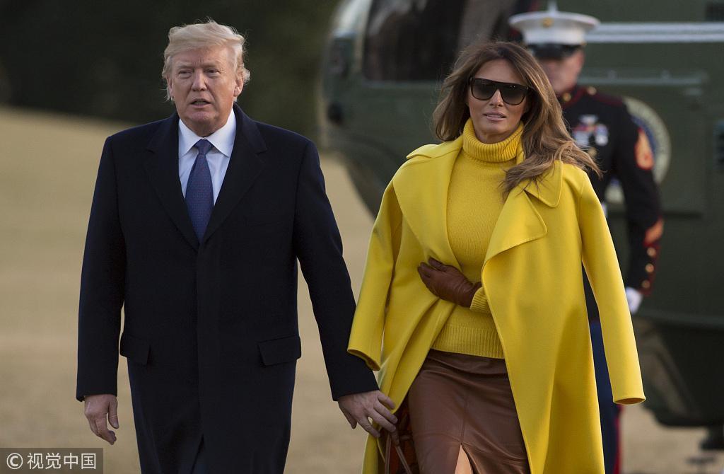 特朗普牵手梅拉尼娅却抓到空衣袖 美媒又乐了