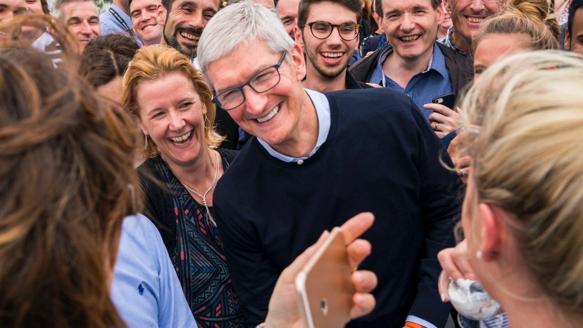 专访库克:苹果来爱尔兰并非只为享税收优惠