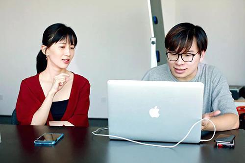 papi酱被推荐为北京市三八红旗奖章候选人