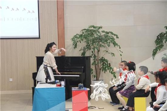 重庆市沙坪坝区育英小学教师团队系列报道(一)音乐团队:用热情和汗水演绎艺术教育新篇章