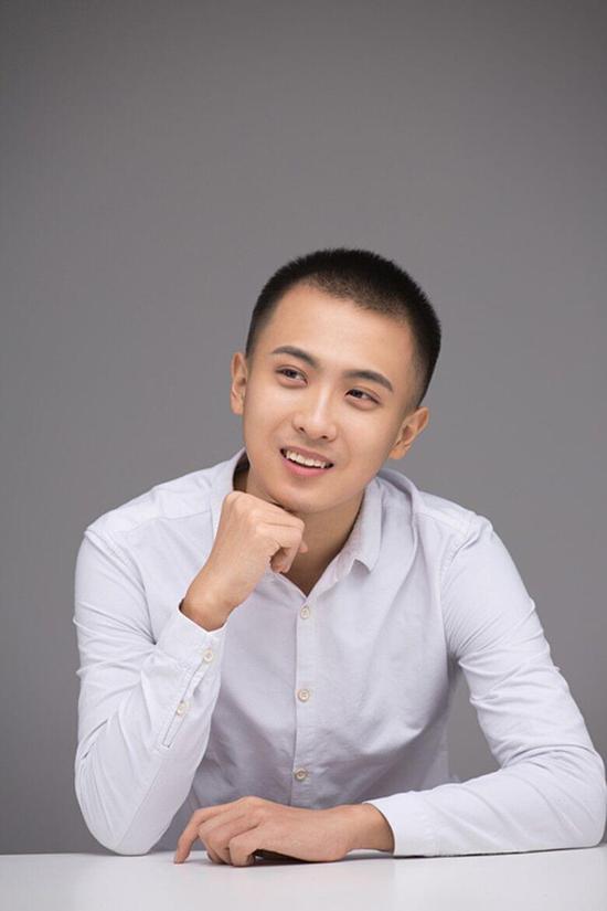 """李政阳演绎《秦淮八艳》倜傥书生""""王稚登"""""""