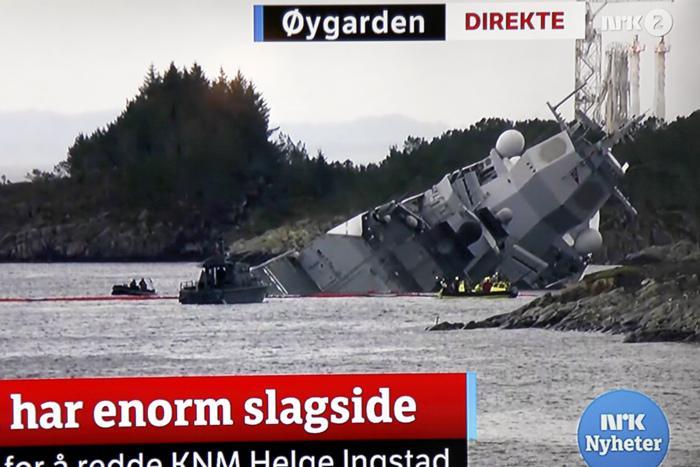 挪威军舰与希腊油轮相撞致8人受伤