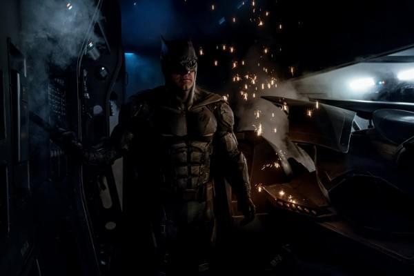《正义联盟》公布新剧照:超人仍未现身的照片 - 7
