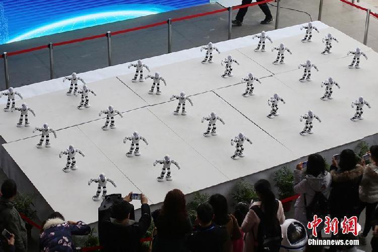 """你见过机器人跳""""广场舞""""吗?"""