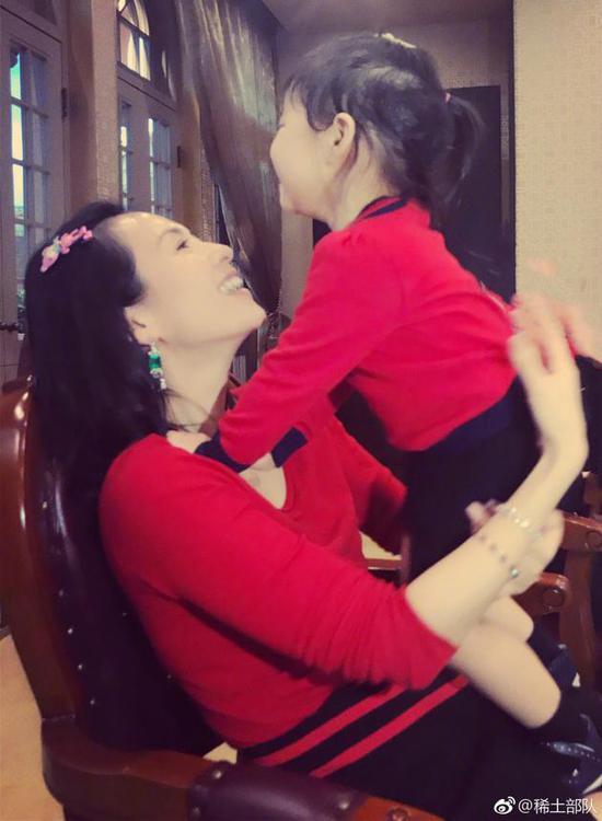 章子怡与女儿