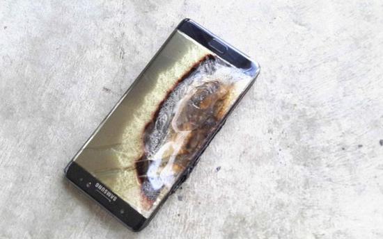 iPhone 8P内地首现爆裂 但和Note7爆炸起火不一样