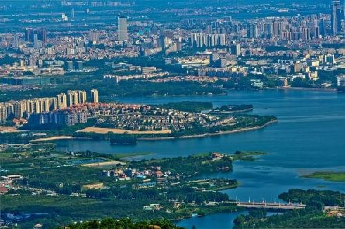 2013东莞gdp_凤岗:房地产占GDP比例目标逐年下降