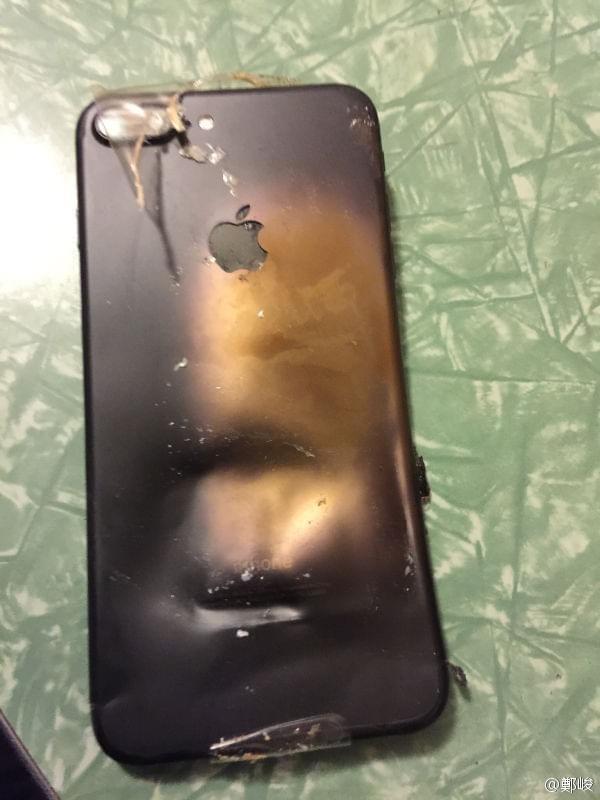 曝iPhone 7 Plus爆炸真相:缘起运输过程中受到的外力撞击的照片 - 3