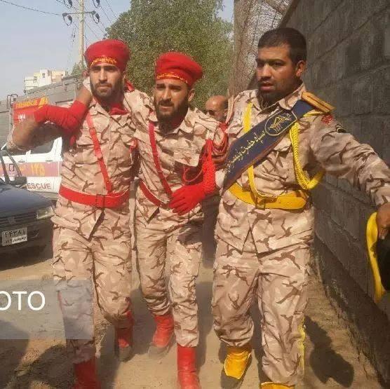 阅兵遭恐袭致严重伤亡,伊朗革命卫队誓言报复
