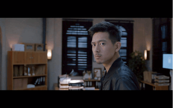 """美图T8s种草男生!翻版""""李现""""微博大秀电影人像模式自拍大片"""