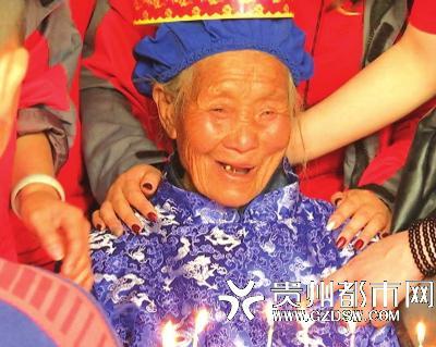 89岁老人孤苦无依视频引关注 发布团队道歉:不客观