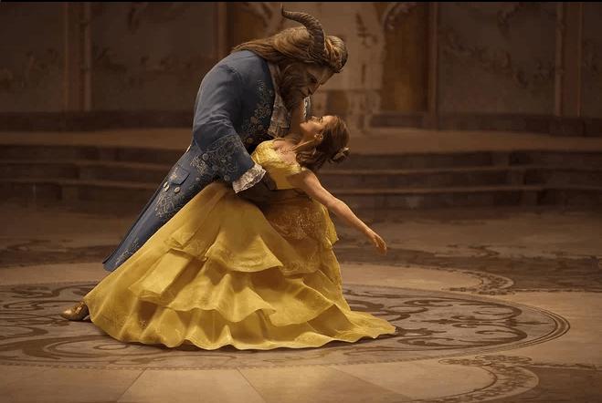 《美女与野兽》上映 为何我们对人兽恋如此着迷