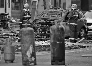 夫妻吵架丈夫点燃液化气罐 发生爆炸5人受伤