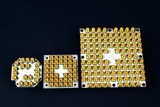 Intel交付49量子比特测试芯片:浮点等于5千颗8代i7