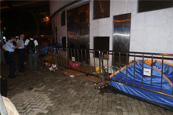 内地男子香港排队买刘德华演唱会门票 被砍伤