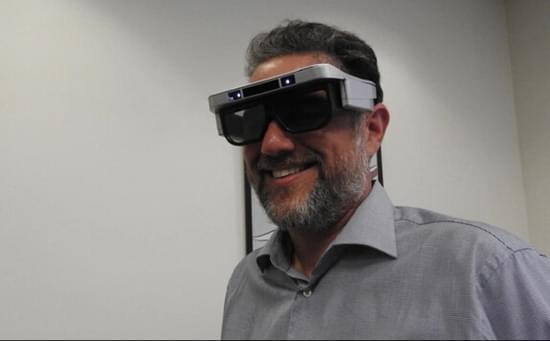 研究显示佩戴AR眼镜会使大脑反应迟钝