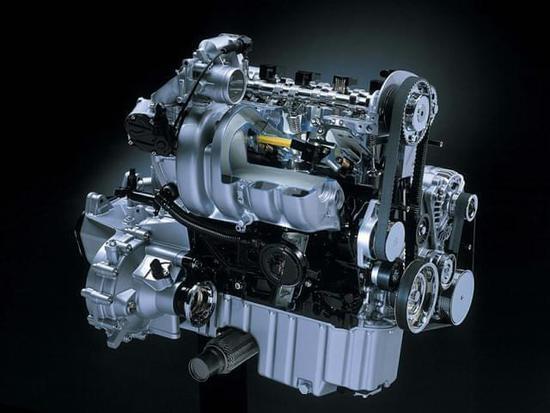 """汽车的""""心脏""""发动机是重点的保养对象"""