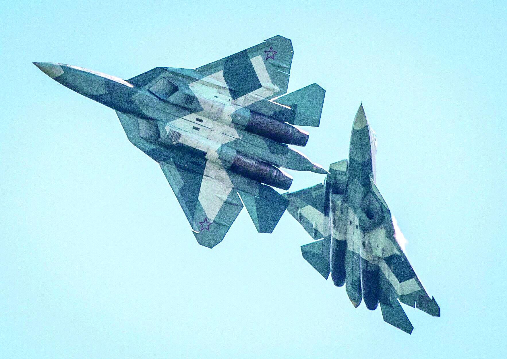 """咋回事?俄专家称苏-57是""""昂贵、无用的玩具"""""""