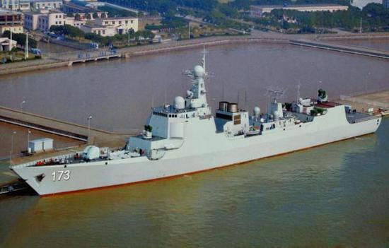 美媒述评052D驱逐舰:战场多面手 第14艘已下水