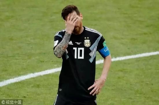 ▲梅西罚丢点球,阿根廷战平冰岛