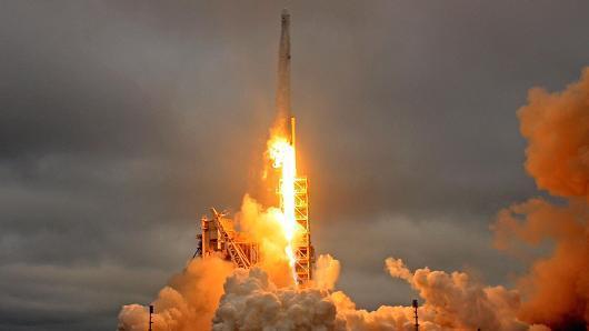 继重型火箭后 SapceX要为全世界提供卫星互联网服务
