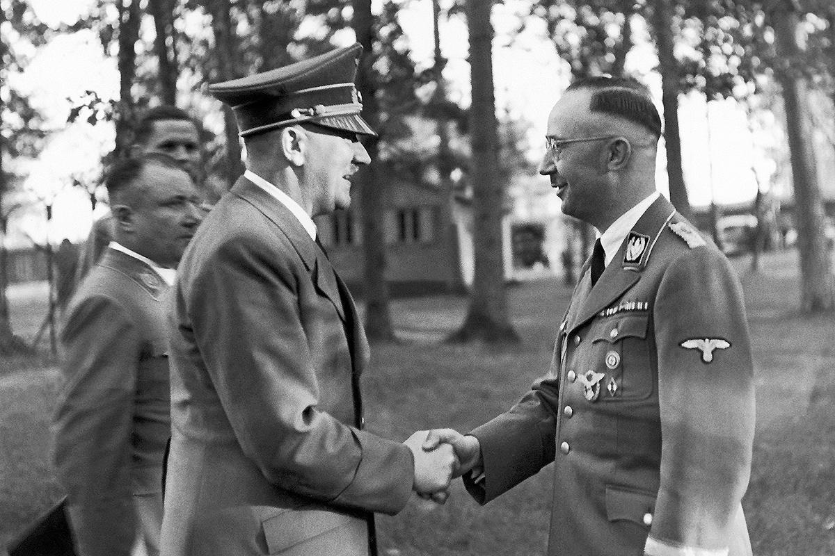 德男子上传纳粹照被捕后称干涉言论自由 法院说不