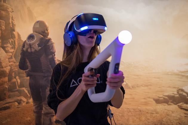 PS VR火到连索尼自己都没想到的照片