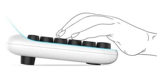 大家好,给大家介绍一下,这是我的新宠@颜值即正义键盘 | 钛空智慧星球推荐