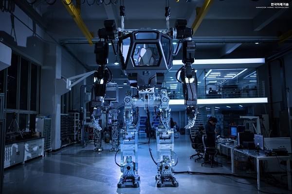 Hankook Mirae展示四米高的Method-2载人两足机器人的照片 - 5