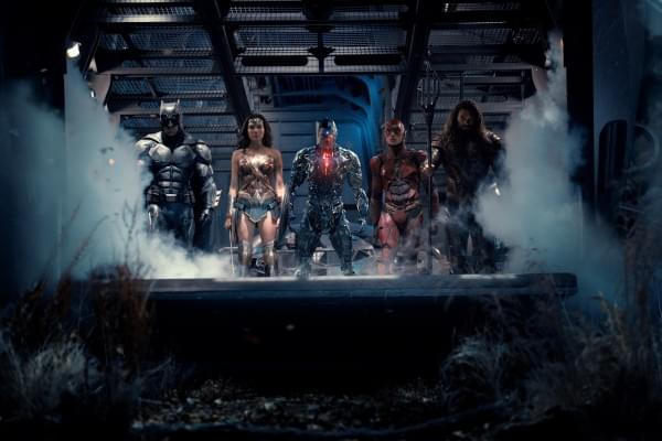 《正义联盟》公布新剧照:超人仍未现身的照片 - 2
