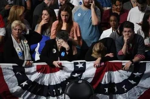 川普赢了!2016美国大选最狗血美剧大结局