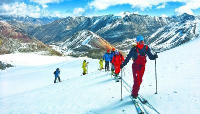 全国超过2.7亿人参与冰雪运动 起步阶段靠家长投入