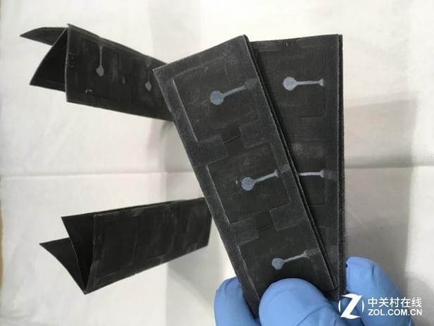"""便携式可降解 像巧克力的""""细菌电池"""""""